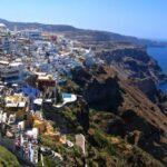 Řecký ostrov Santorini nabízí půvabnou dovolenou