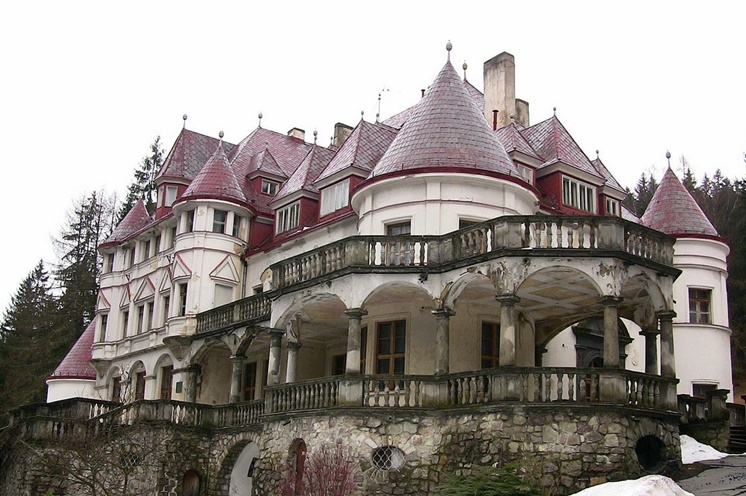 Kuneradský zámek