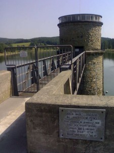 Luhačovická přehrada – pohled z hráze